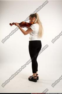 2016 11 KAYA STANDING PLAYING VIOLIN 02 C