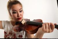 2016 11 KAYA STANDING PLAYING VIOLIN 09