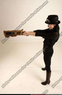 2017 02 CLAUDIA STEAMPUNK BLASTER RIFLE POSE1 AIMING 02 A