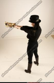 2017 02 CLAUDIA STEAMPUNK BLASTER RIFLE POSE1 AIMING 03 A