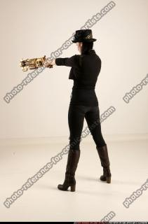 2017 02 CLAUDIA STEAMPUNK BLASTER RIFLE POSE1 AIMING 03 B