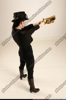 2017 02 CLAUDIA STEAMPUNK BLASTER RIFLE POSE1 AIMING 05 A