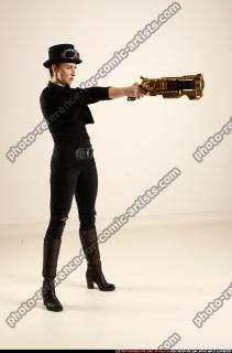 2017 02 CLAUDIA STEAMPUNK BLASTER RIFLE POSE1 AIMING 07 B