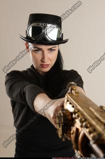 2017 02 CLAUDIA STEAMPUNK BLASTER RIFLE POSE1 AIMING 10