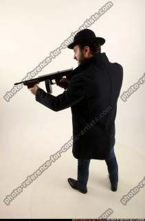 2017 03 LOGAN TOMMYGUN POSE3 SHOOTING 02 A