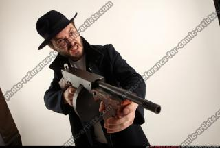 2017 03 LOGAN TOMMYGUN POSE3 SHOOTING 08
