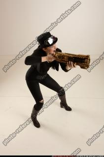 2017 03 CLAUDIA STEAMPUNK BLASTER RIFLE POSE1 SHOOTING 07 A
