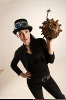 2017 03 CLAUDIA STEAMPUNK BOMB POSE2 09