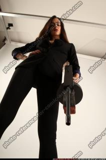 2017 09 PATRICIA TOMMYGUN POSE4 AIMING 09