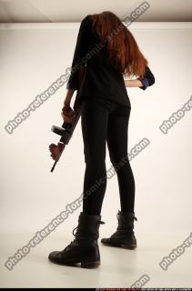 2017 09 PATRICIA TOMMYGUN POSE4 AIMING 03 C