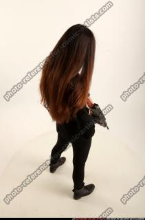 2017 09 PATRICIA TOMMYGUN POSE4 AIMING 05 A