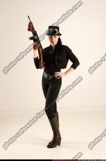 2017 11 CLAUDIA STEAMPUNK TOMMYGUN NEUTRAL POSE 00 B