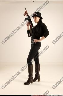 2017 11 CLAUDIA STEAMPUNK TOMMYGUN NEUTRAL POSE 01 C