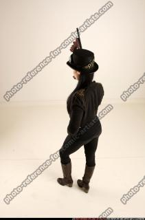 2017 11 CLAUDIA STEAMPUNK TOMMYGUN NEUTRAL POSE 03 A