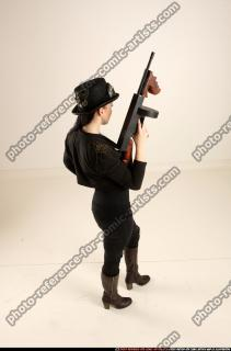 2017 11 CLAUDIA STEAMPUNK TOMMYGUN NEUTRAL POSE 05 A