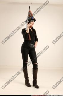 2017 11 CLAUDIA STEAMPUNK TOMMYGUN NEUTRAL POSE 07 C