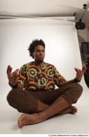 17 2018 01 ALBI AFRICAN SITTING POSE MEDITATION