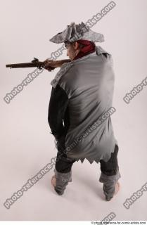 14 2019 01 JACK YOUNG PIRATE WITH GUN