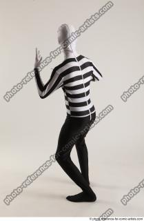 05 2019 01 JIRKA MORPHSUIT WITH KNIFE